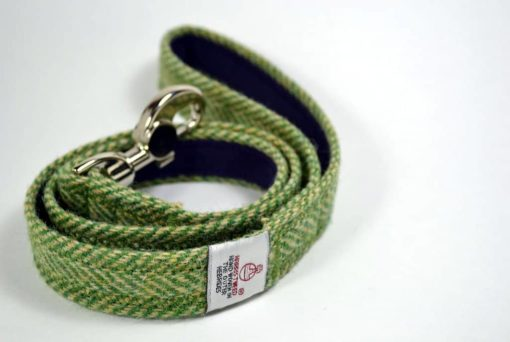 Green herringbone Harris tweed dog lead