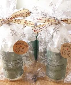 Gifts for dogs - Dog shampoo Christmas wrapped gift