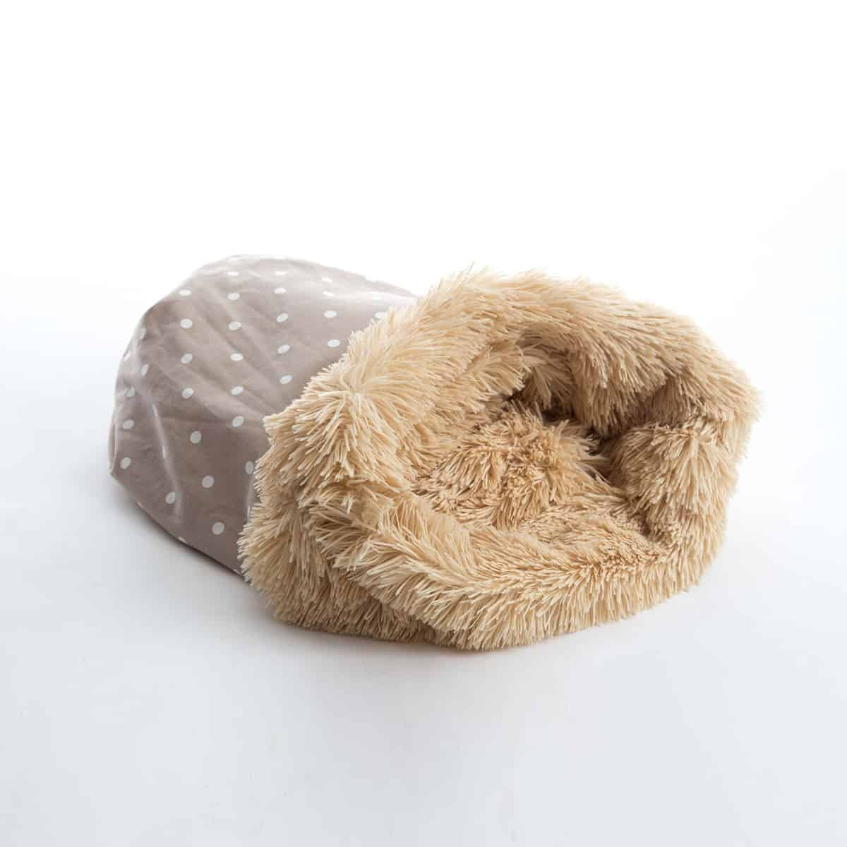 Dotty taupe and shaggy pile luxury dog sleeping bag