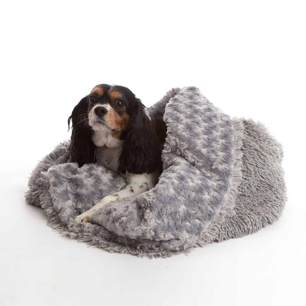 Grey 3 in 1 shaggy nest dog blanket