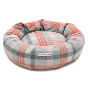 Macaroon Check Tweed Donut Bed