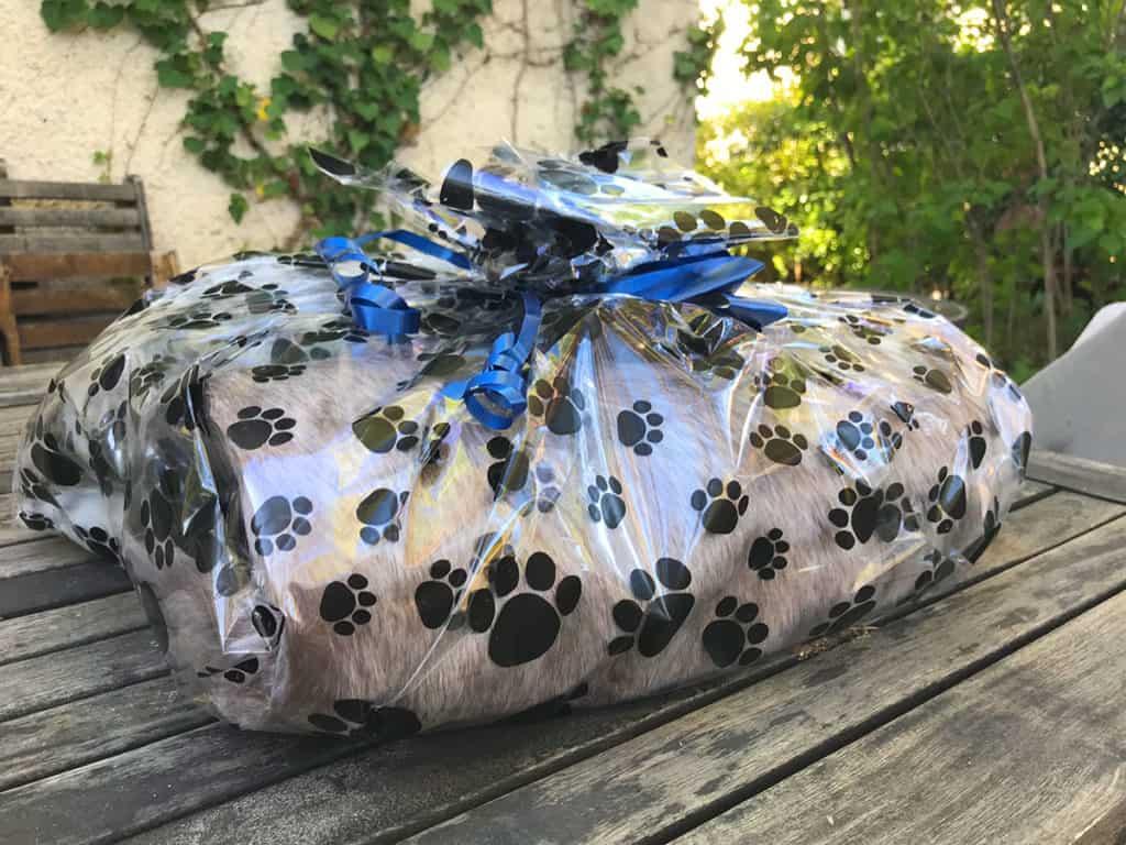 faux fur throw blanket gift