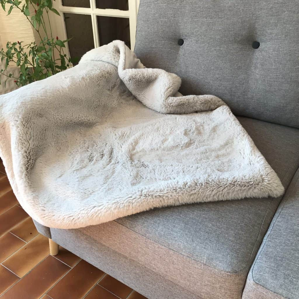 Luxury Dog Beds & Blankets