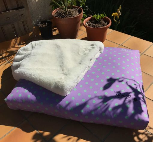 Spotty dog cushion bed - Lavender and mint